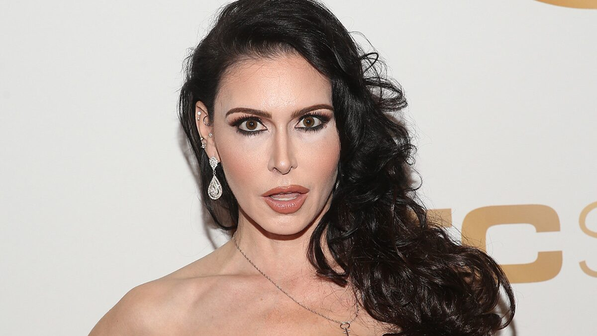 Porn Star Jessica Jaymes Dead at 43