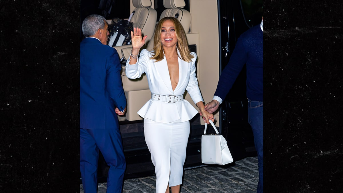J Lo Launches Perfume Same Day She Lands Super Bowl Halftime Show