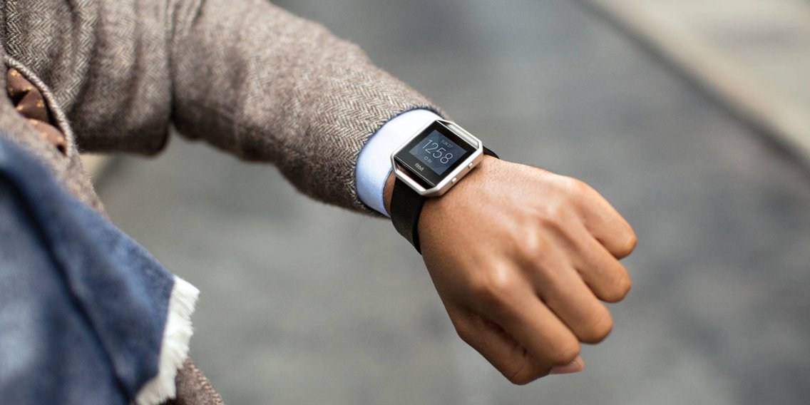 How to reset a Fitbit Blaze in less than 20 seconds to fix issues with the device