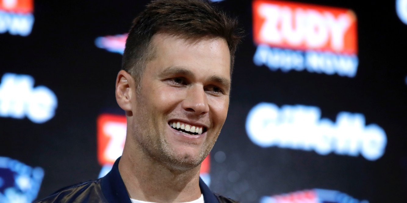Tom Brady is offering to let Antonio Brown stay at his $39.5 million house while he adjusts to his move to the Patriots