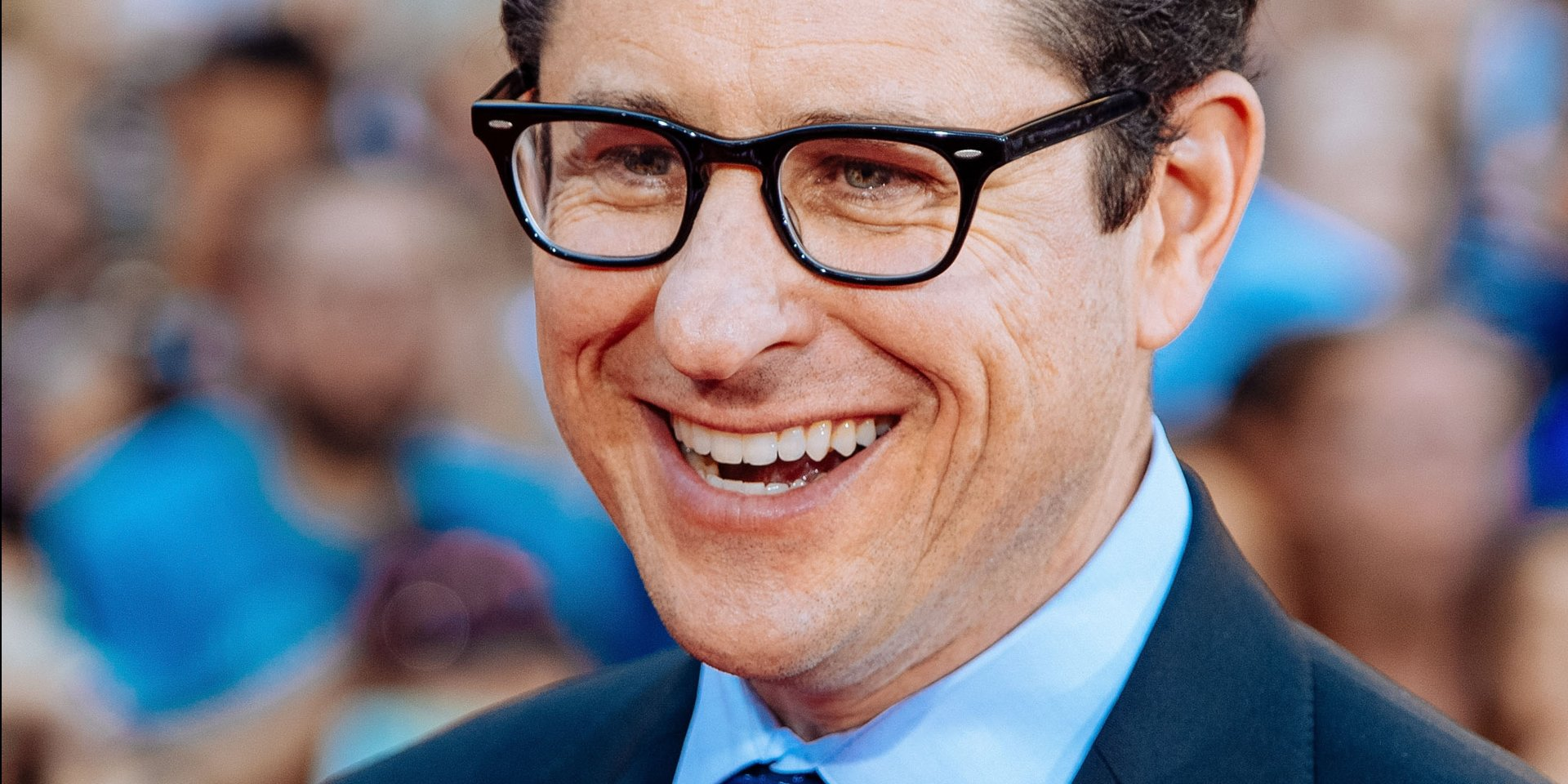 WarnerMedia has landed J.J. Abrams in a deal reportedly worth hundreds of millions