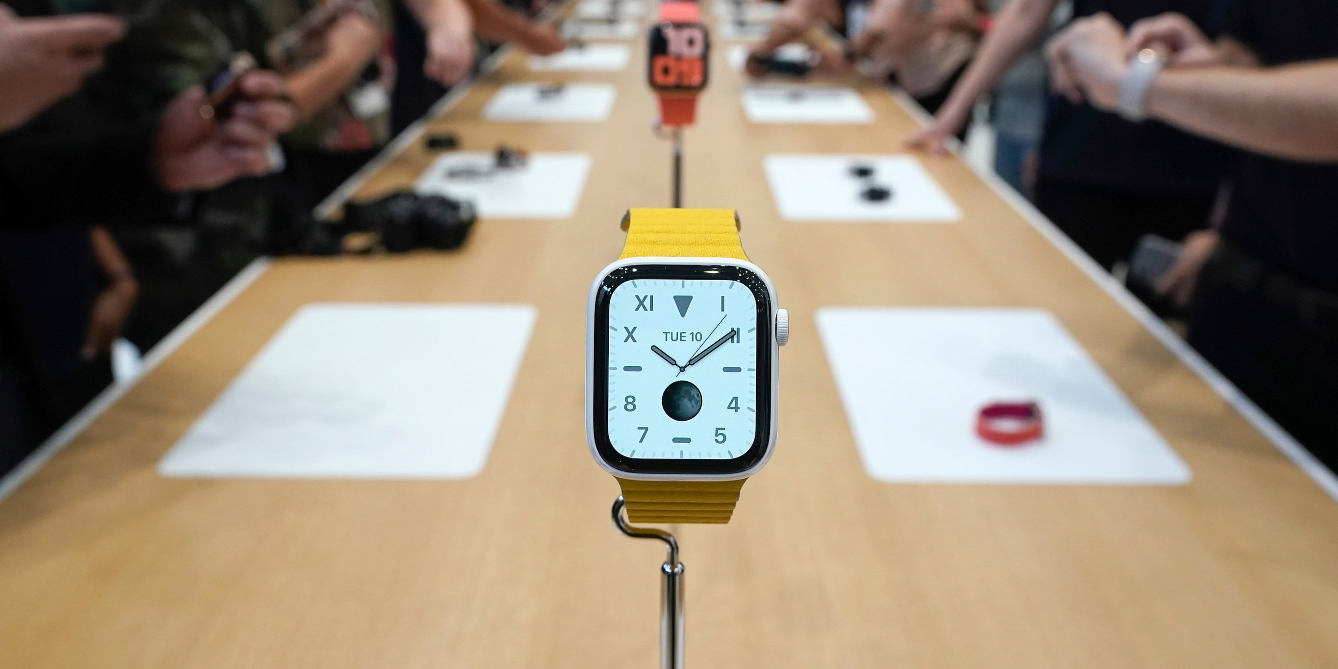 One year after killing off its premium Apple Watch, Apple is bringing it back with a new version that costs as much as $1,400 (AAPL)