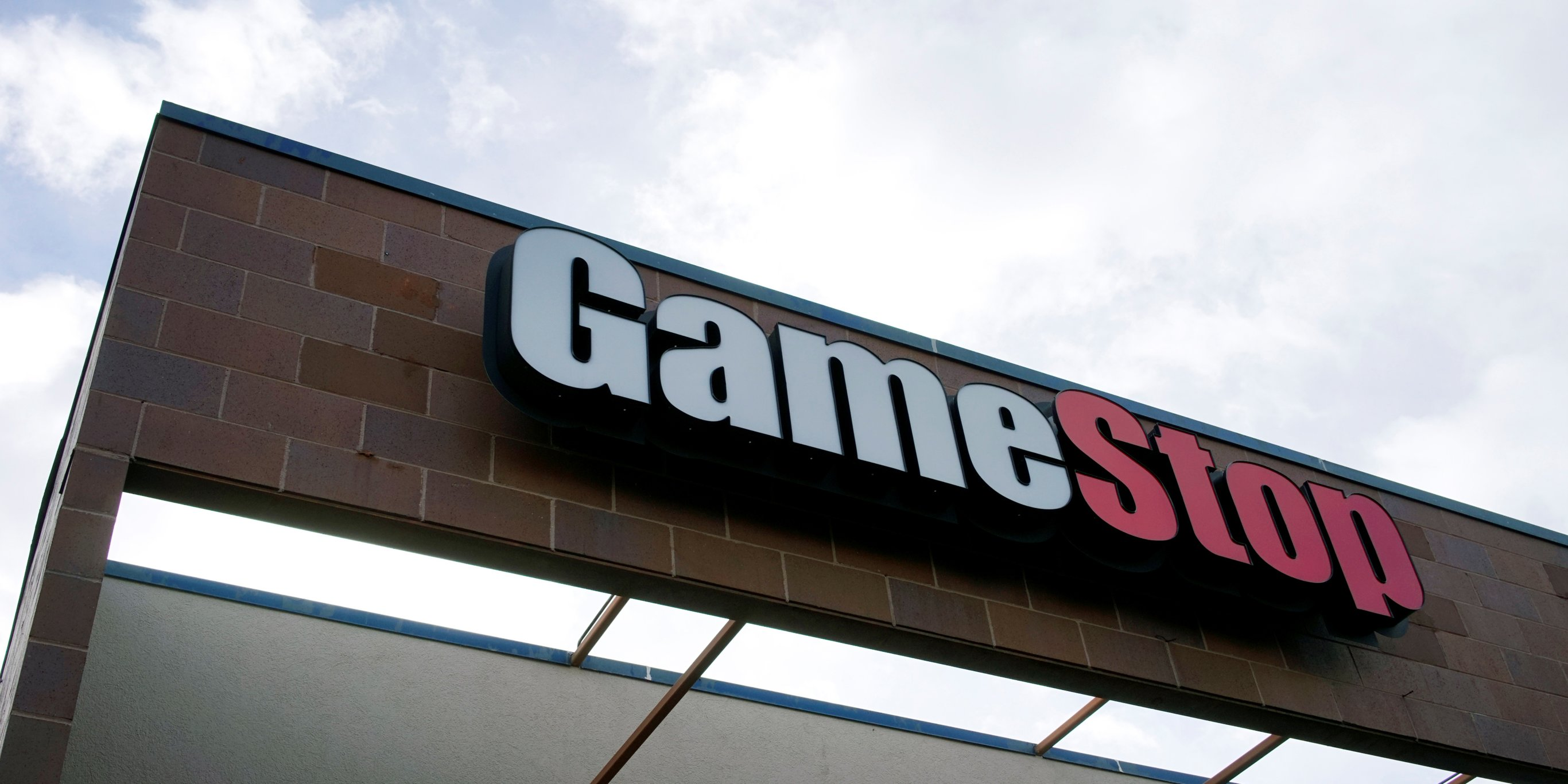 The world's biggest video game retailer, GameStop, has a major problem: It has way too many stores (GME)