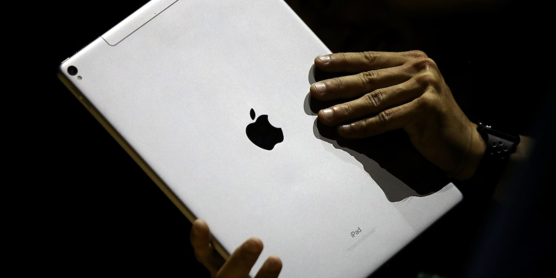 How to fully silence your iPad so it makes no sound when you receive alerts, play games, or type