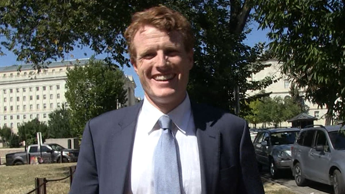 Joe Kennedy III Says Trump Would Fail Elizabeth Warren's Law Class