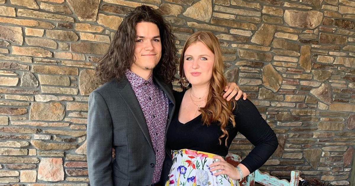 'Little People, Big World' Star Jacob Roloff Marries Isabel Rock