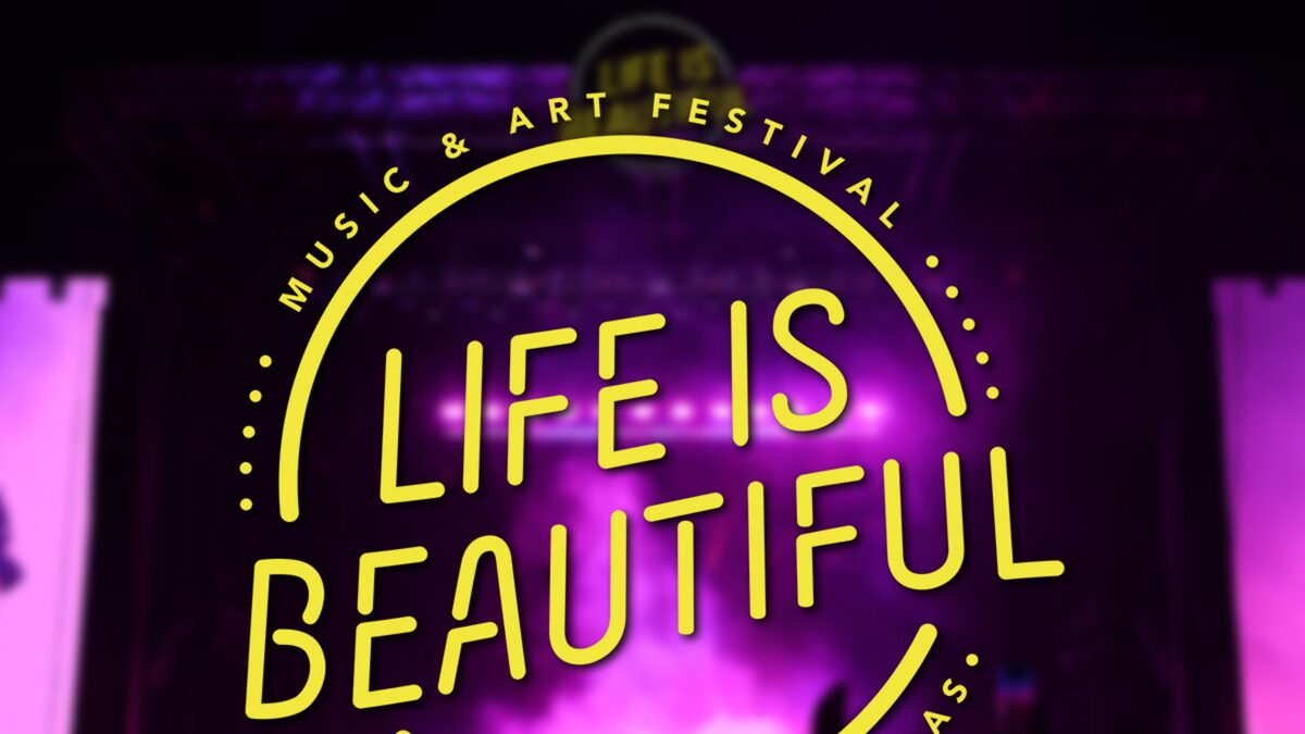 Camera Falls Onto Crowd at Life is Beautiful Injuring 3 Women