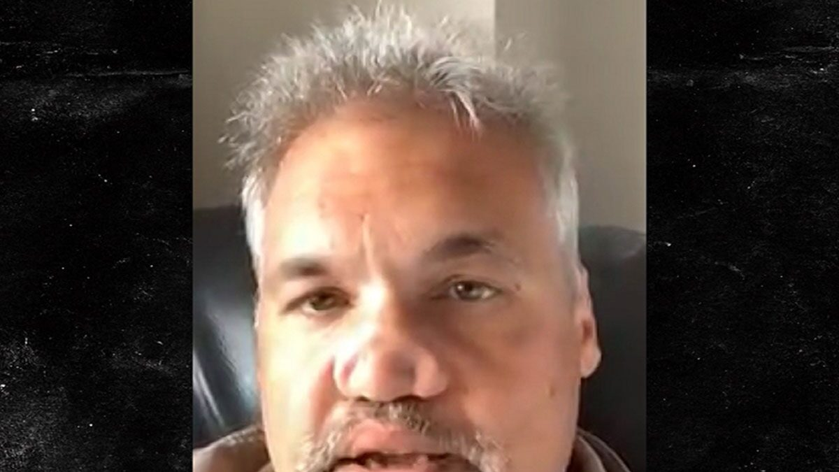 Artie Lange Likes His Gnarly Nose for Now as Helpful Reminder to Stay off Drugs