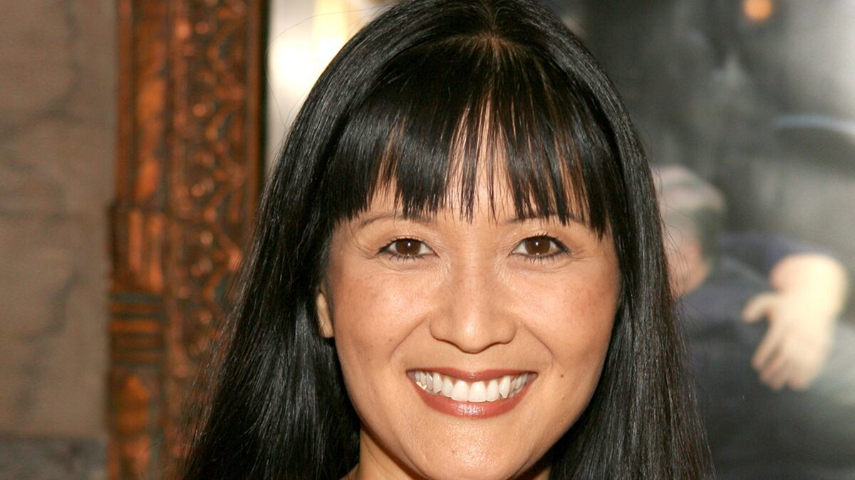 'House Hunters' Host Suzanne Whang Dead at 56 from Breast Cancer