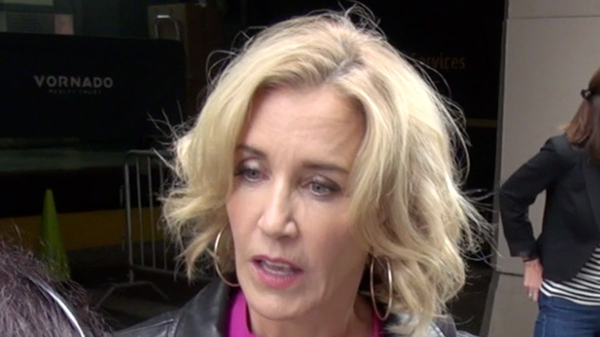 Felicity Huffman Says She's No Ringleader, Don't Sentence Her Like One