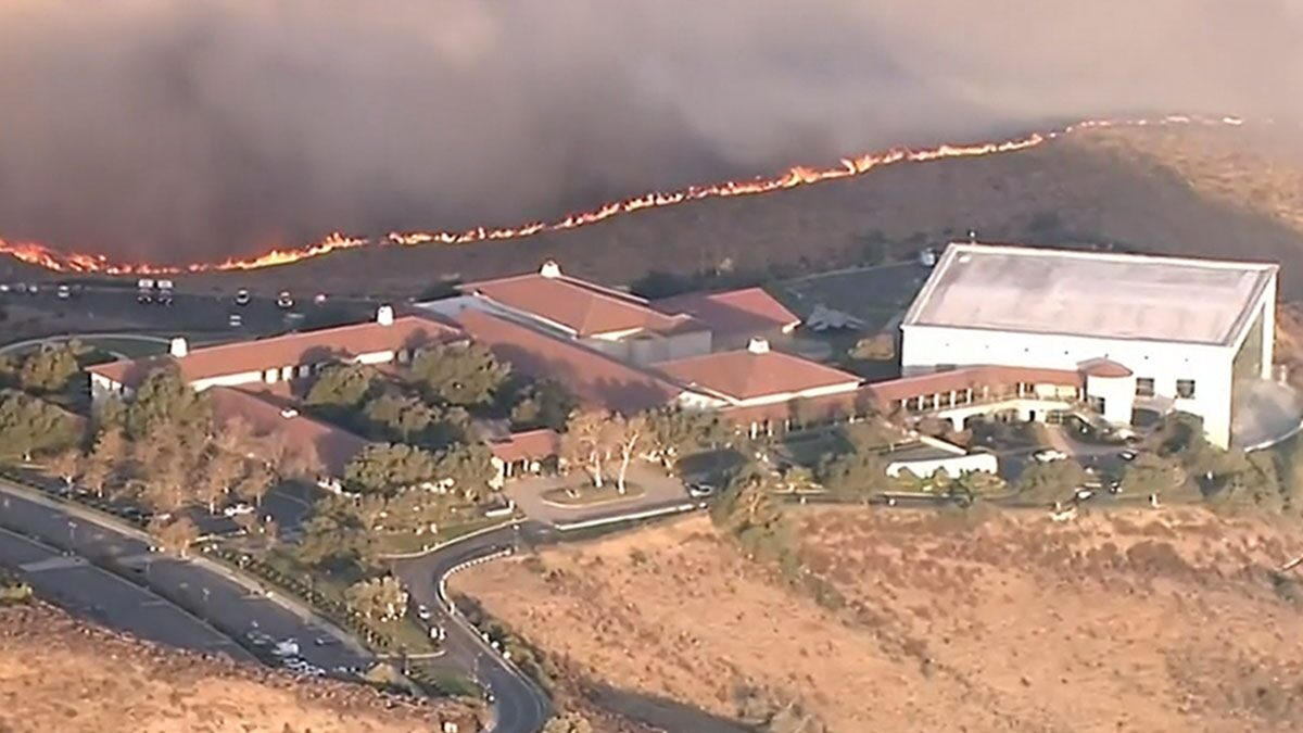 Ronald Reagan Library Evacuated Amid Threat From New Fire