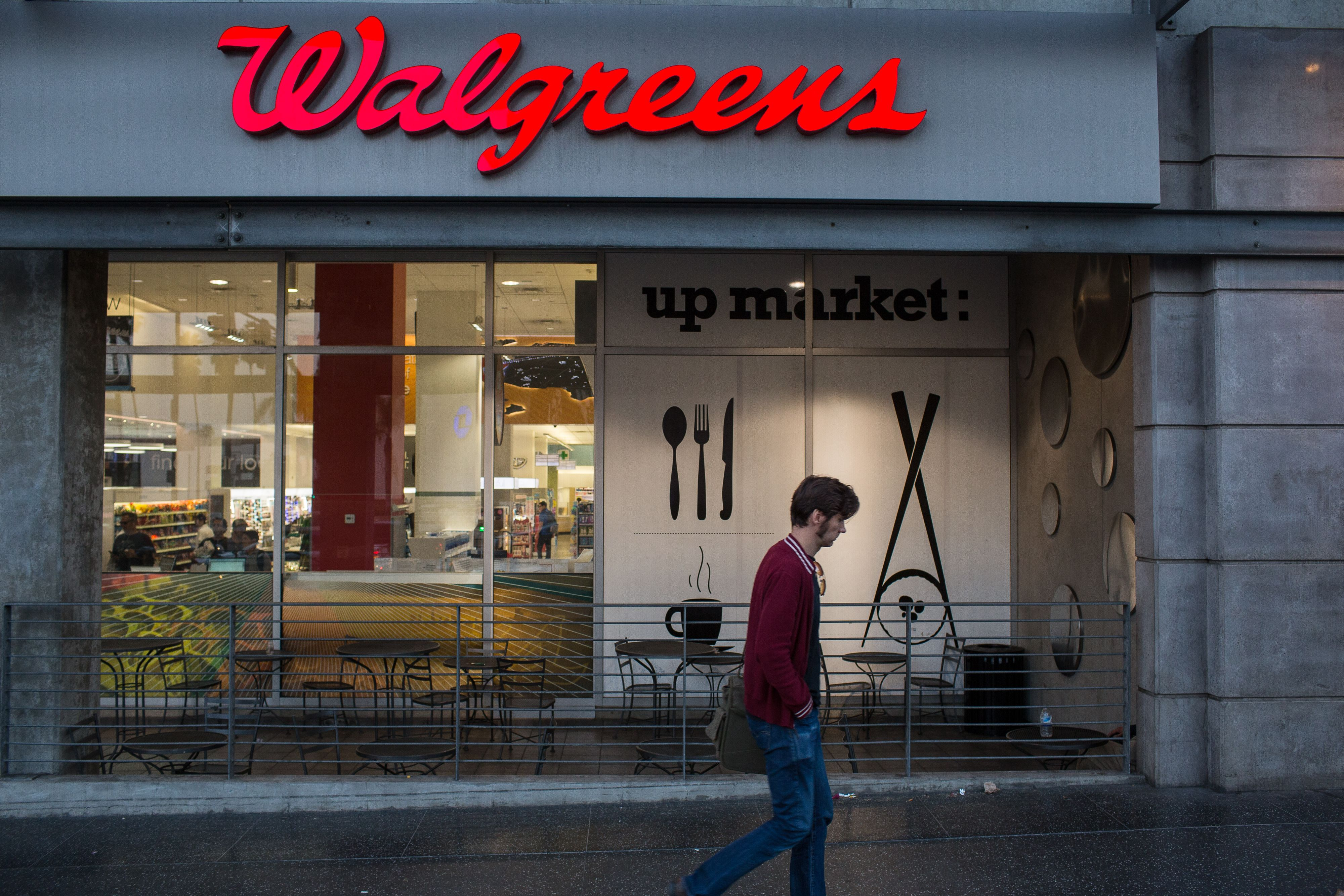 Walgreens Boots Alliance tops fourth-quarter earnings, revenue expectations