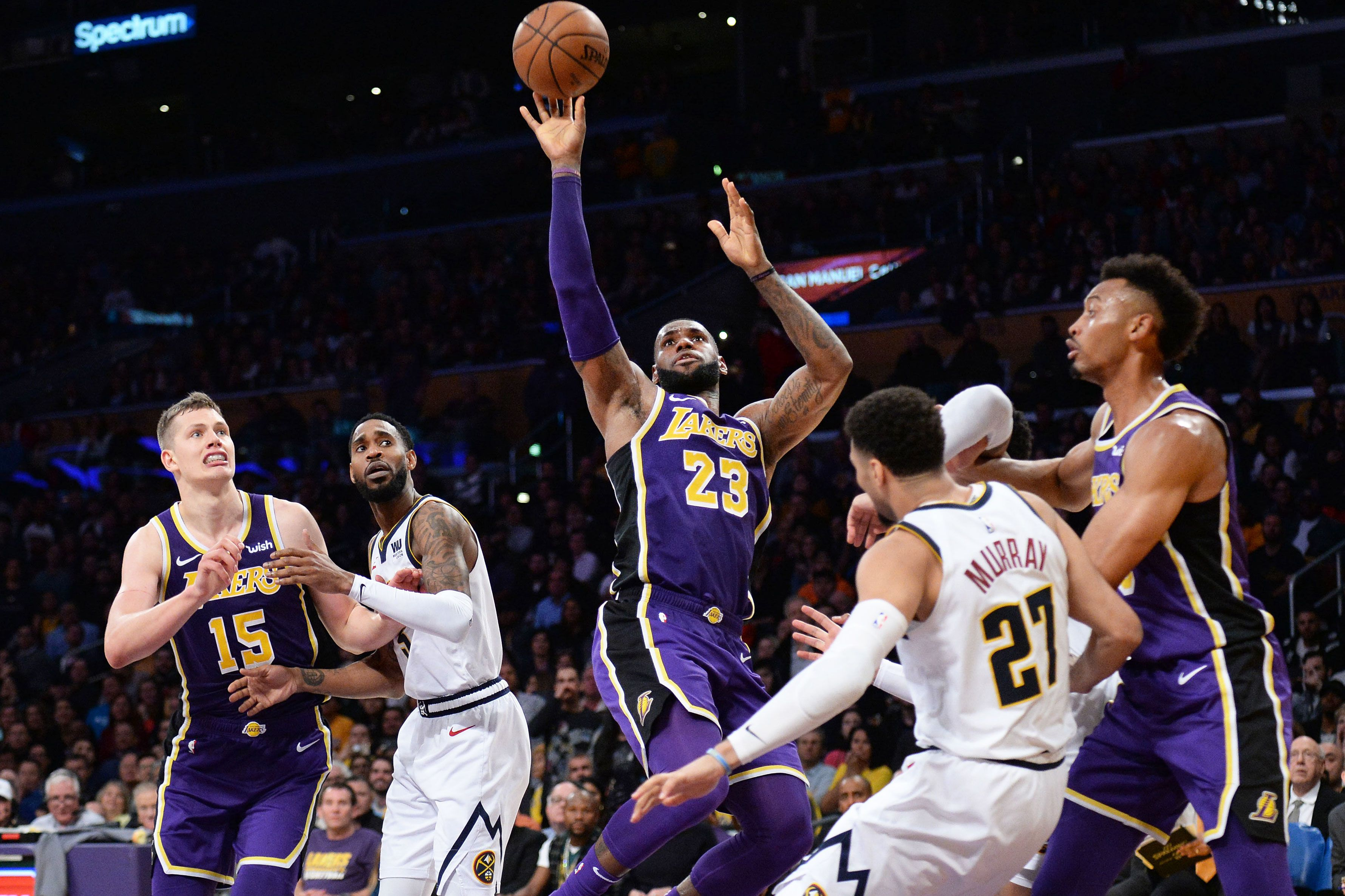 Los Angeles Lakers, Delta extend partnership; now offering ticket exchange service