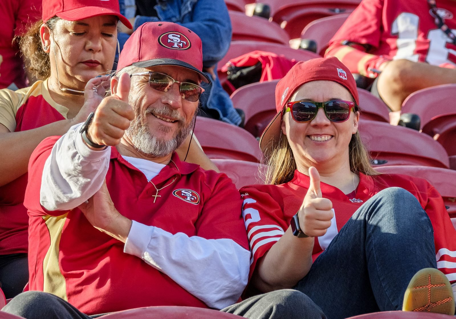 49ers season ticket holders will get unlimited food and beverages next season