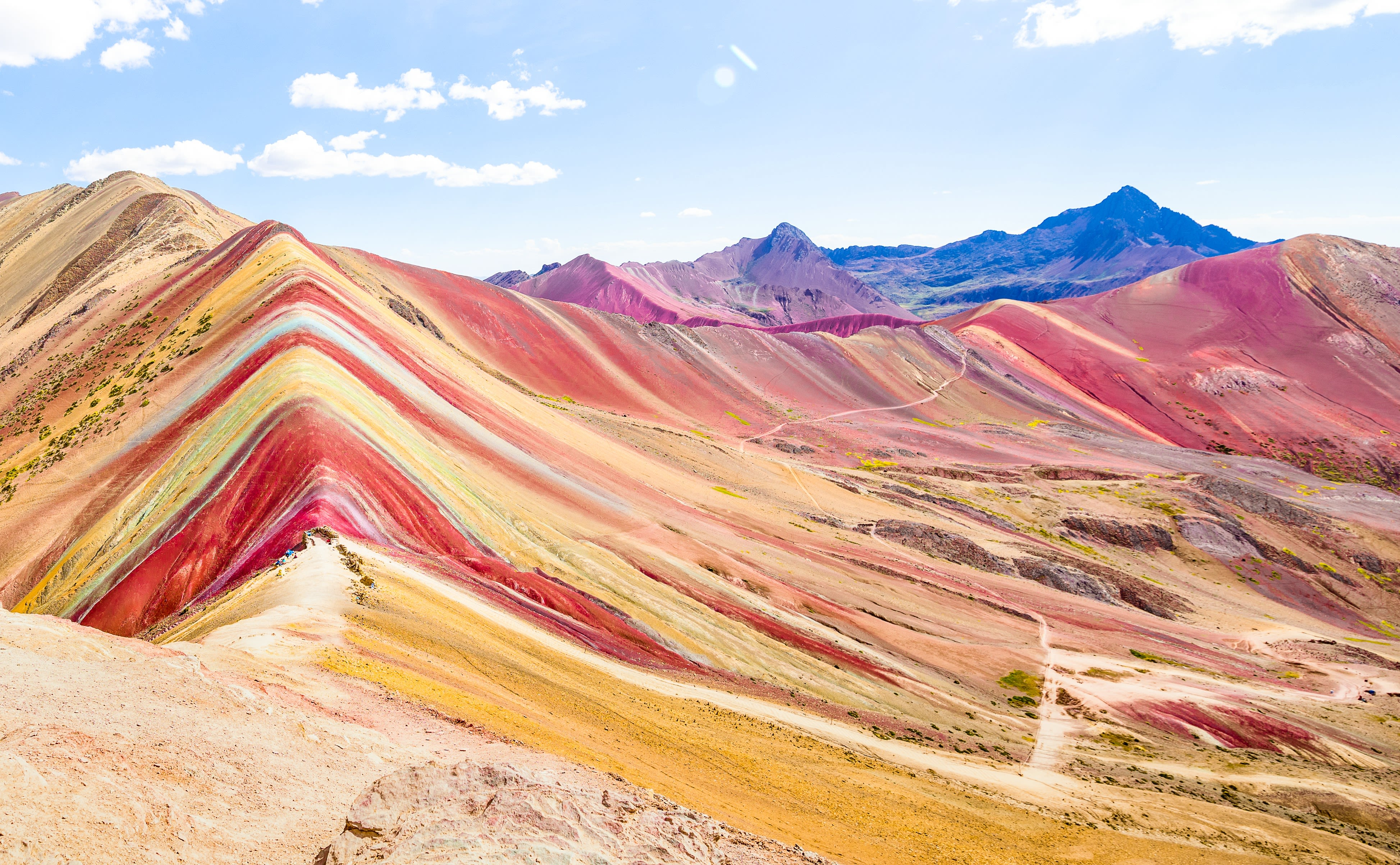 Instagrammers rave about Peru's 'Rainbow Mountain'. Here's what it really looks like