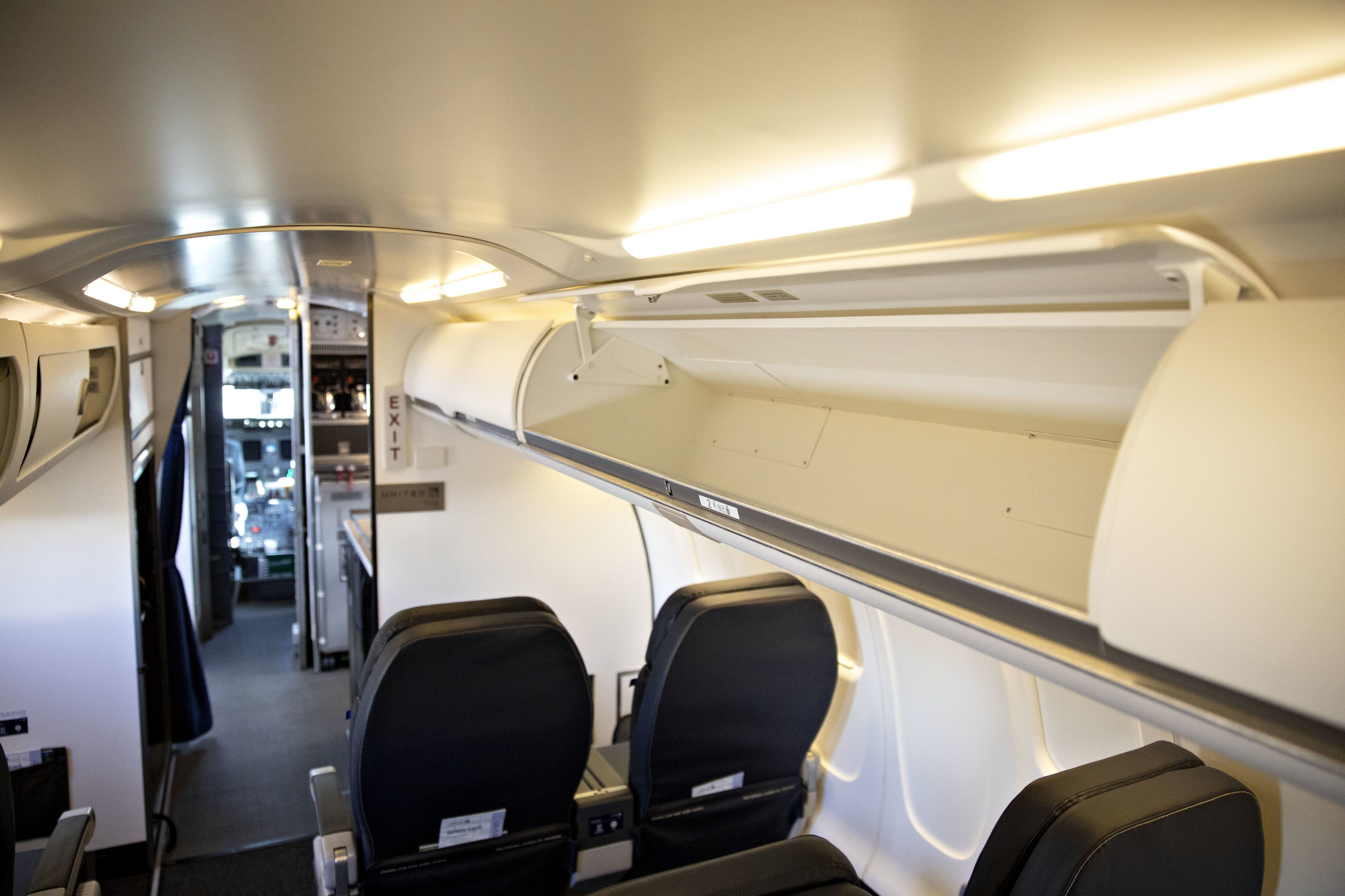 United adding bigger overhead bins to avoid stowage wars — restrictions still apply