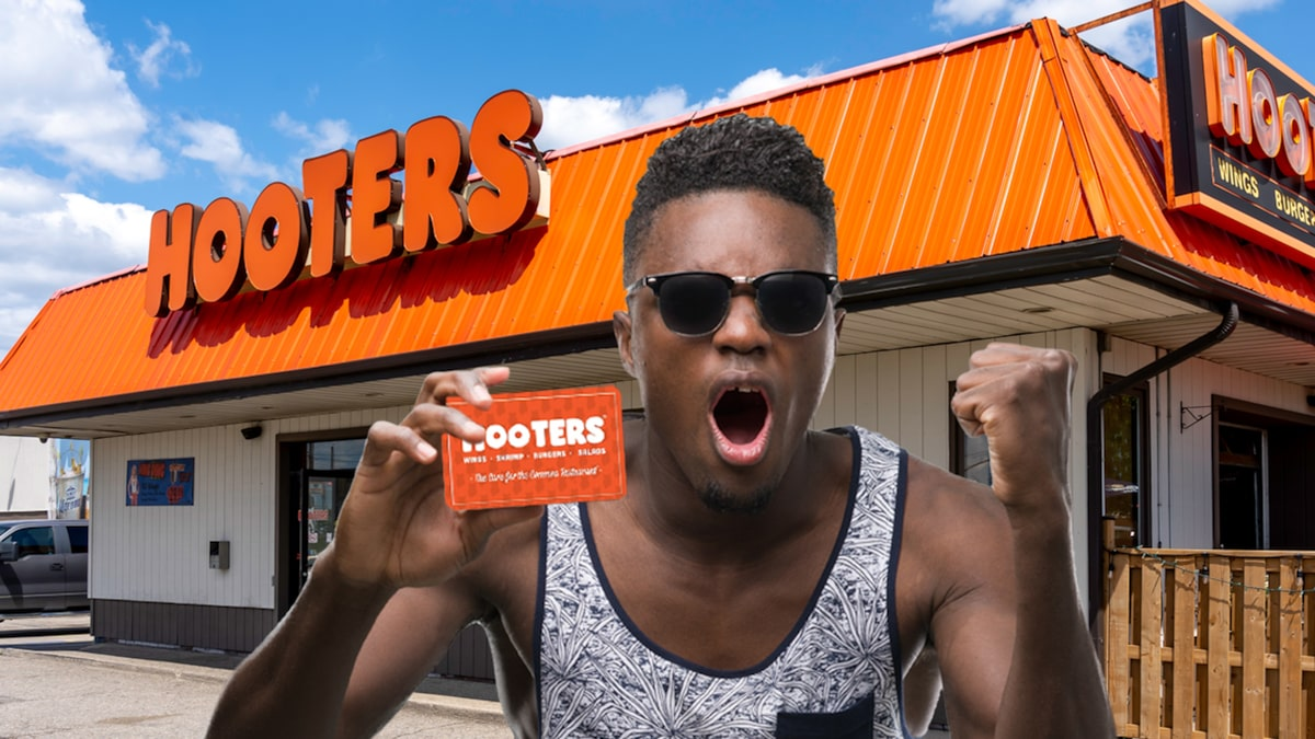 Hooters Sued by Legally Blind Man for Not Selling Braille Gift Cards
