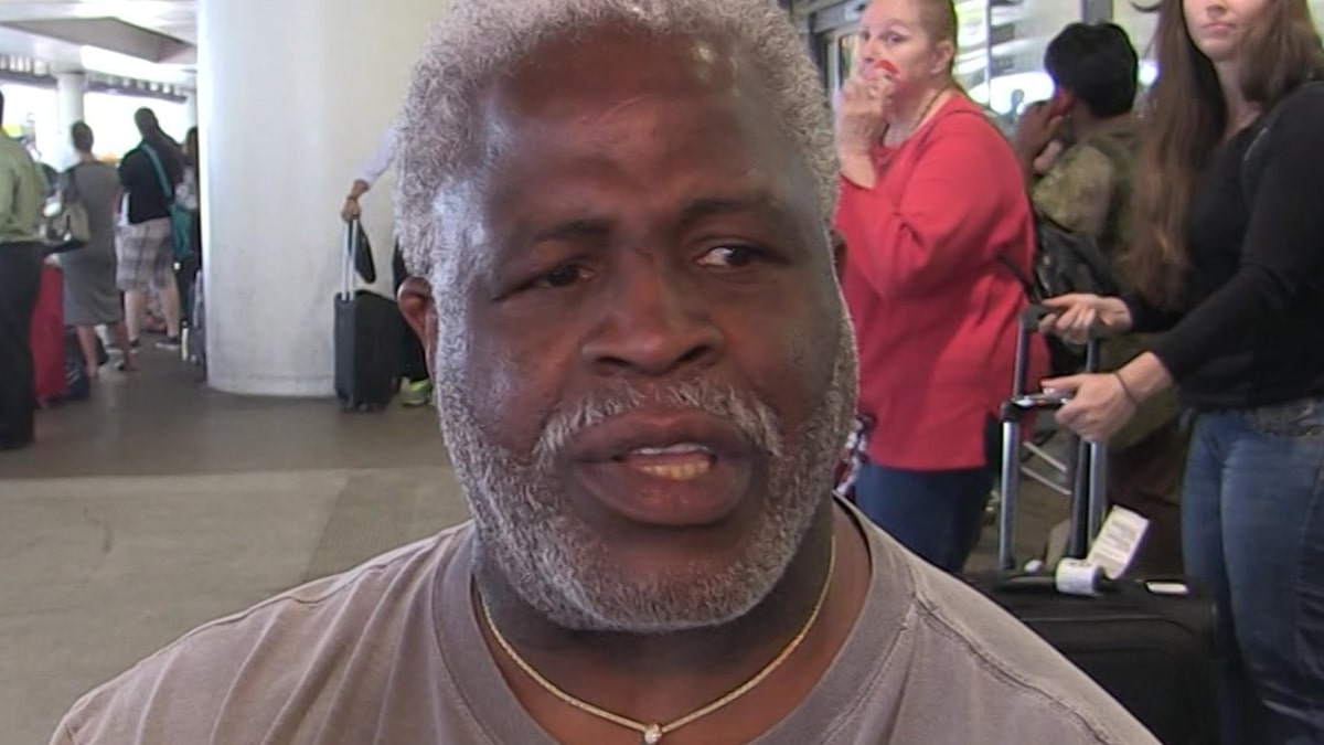 Earl Campbell On Fixing Texas Football, 'You Got To Have A Black Quarterback'