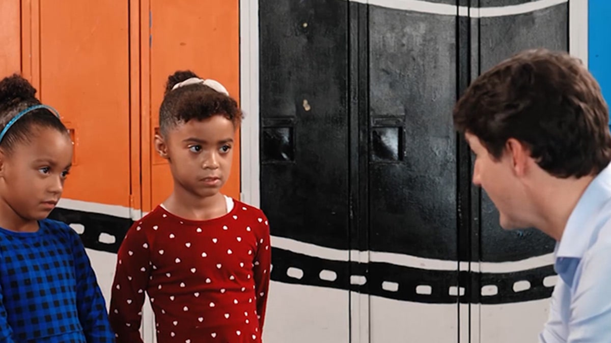 Justin Trudeau Apologizes for Blackface to Black Twin Girls