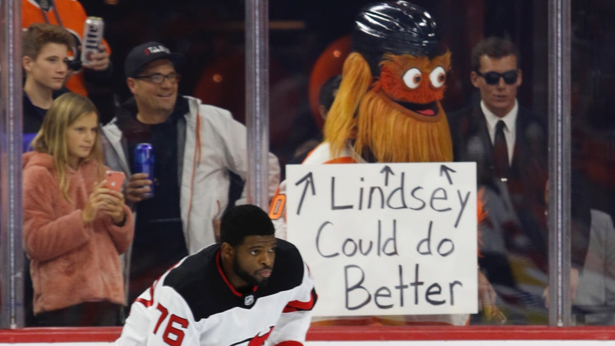 Flyers Mascot Gritty Shoots Shot at Lindsay Vonn to Piss Off P.K. Subban