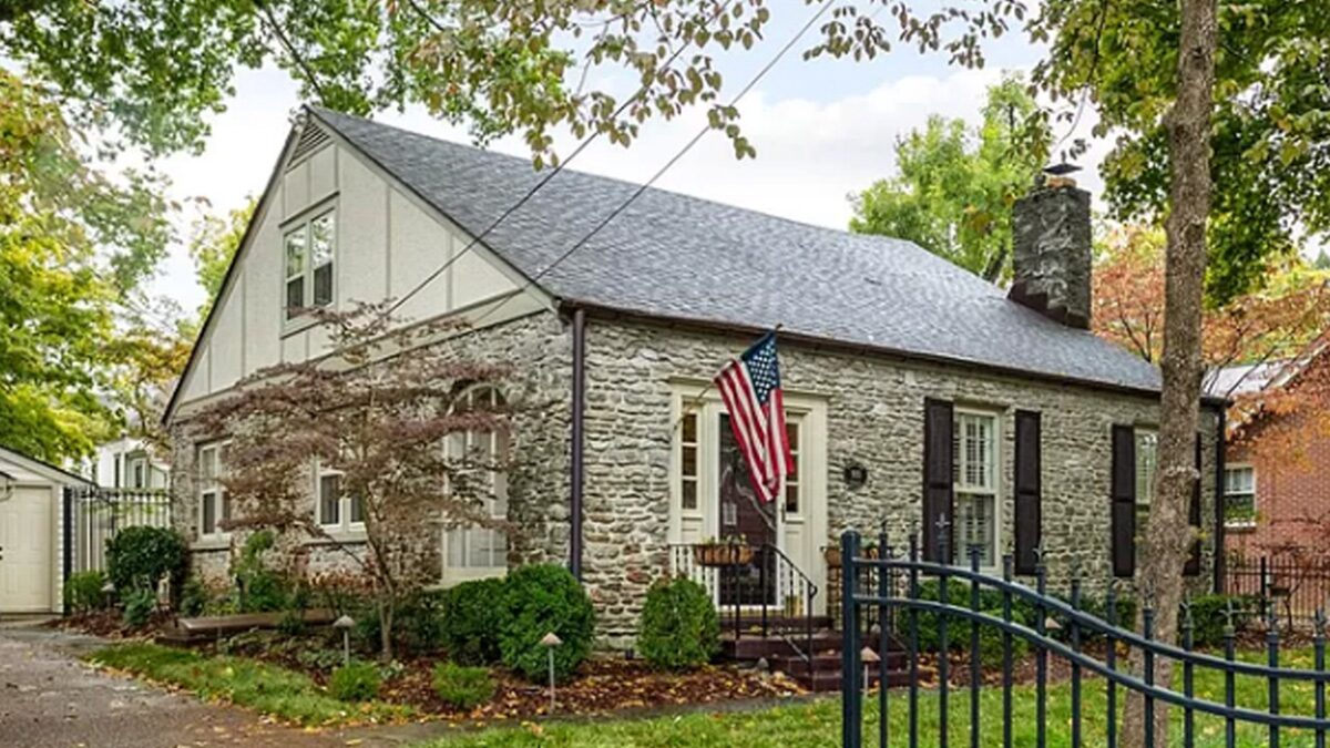 Paramore's Hayley Williams Lists Nashville Home For $1 Million