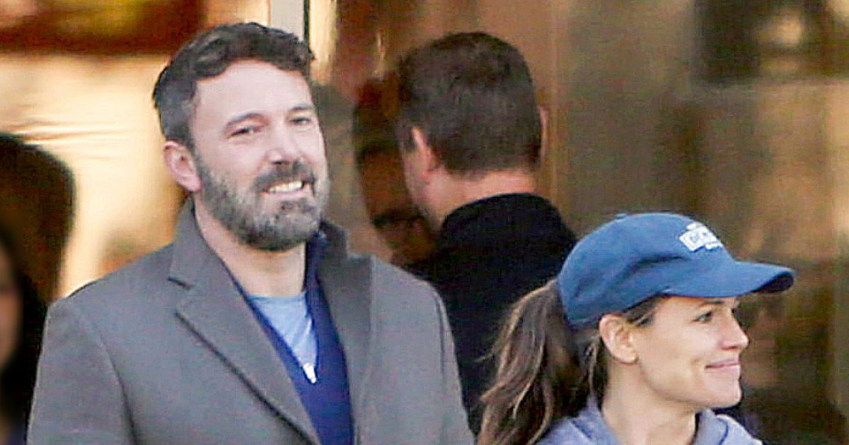 Ben Affleck and Jennifer Garner Out Together on Halloween After His Relapse