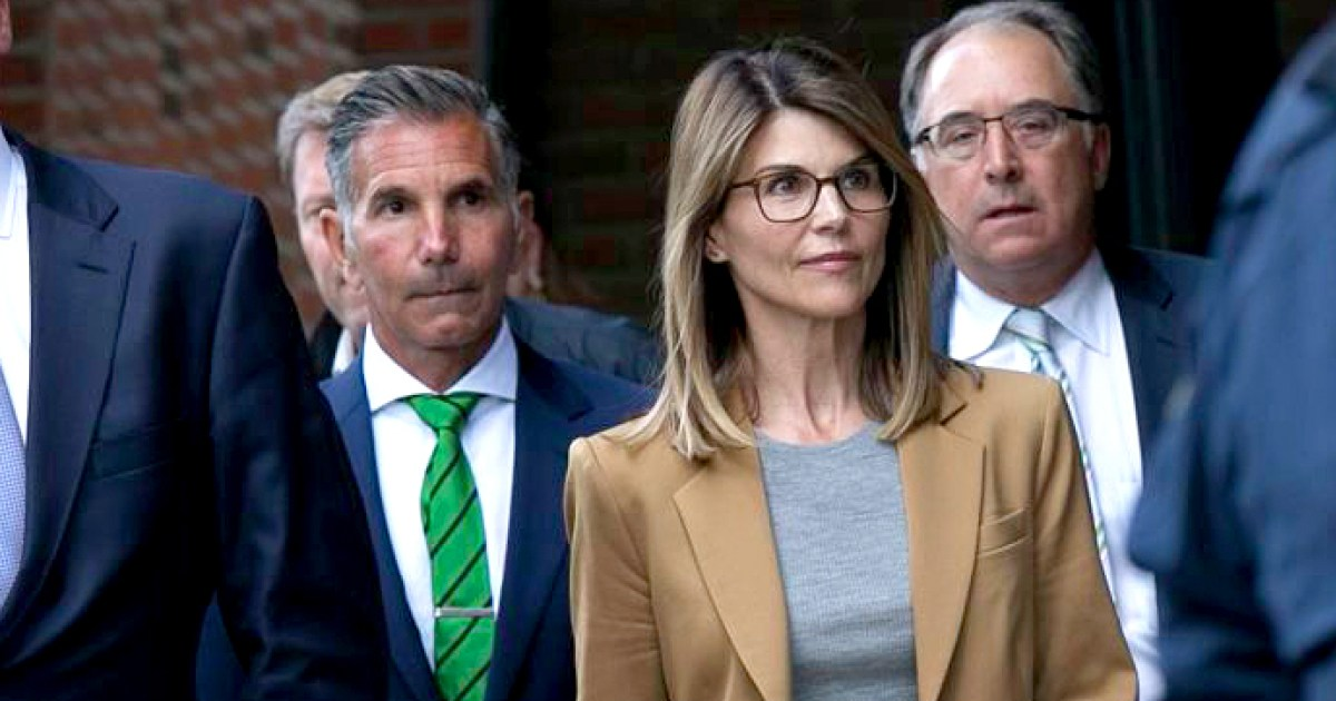 How Lori Loughlin, Mossimo Giannulli Are Handling Scandal 'Differently'
