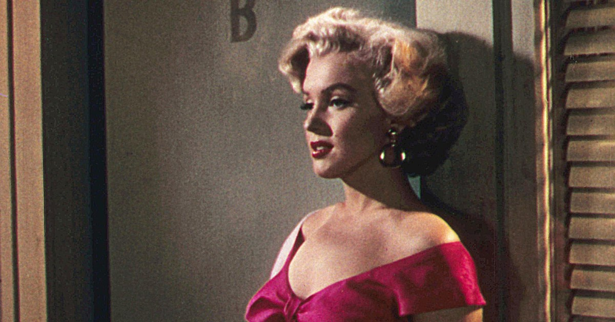 Marilyn Monroe's Death Scene Suggested 'Police Corruption,' Podcast Claims