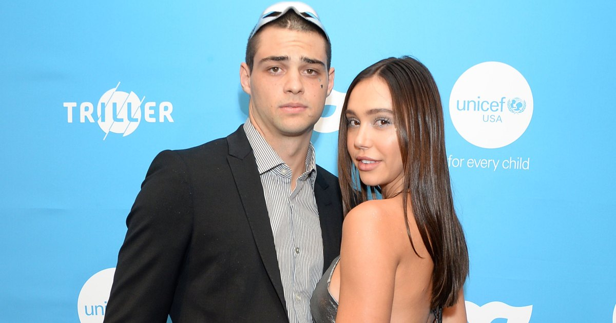 Noah Centineo and Alexis Ren Make Red Carpet Debut