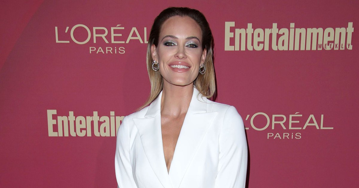 Peta Murgatroyd Gets Misty-Eyed As She Gets American Citizenship