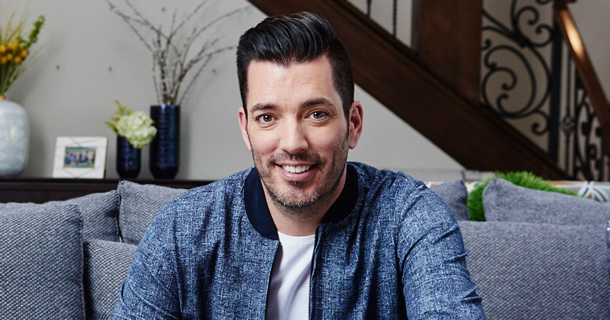 'Property Brothers' Star Jonathan Scott Opens His Home to Us
