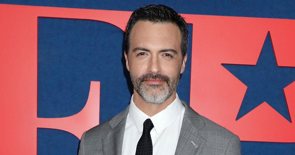 Reid Scott Gets Real About the 'Veep' Cast's Group Chat