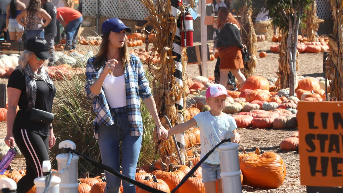 Jeremy Renner's Ex Takes Daughter to Pumpkin Patch Amid Custody Battle