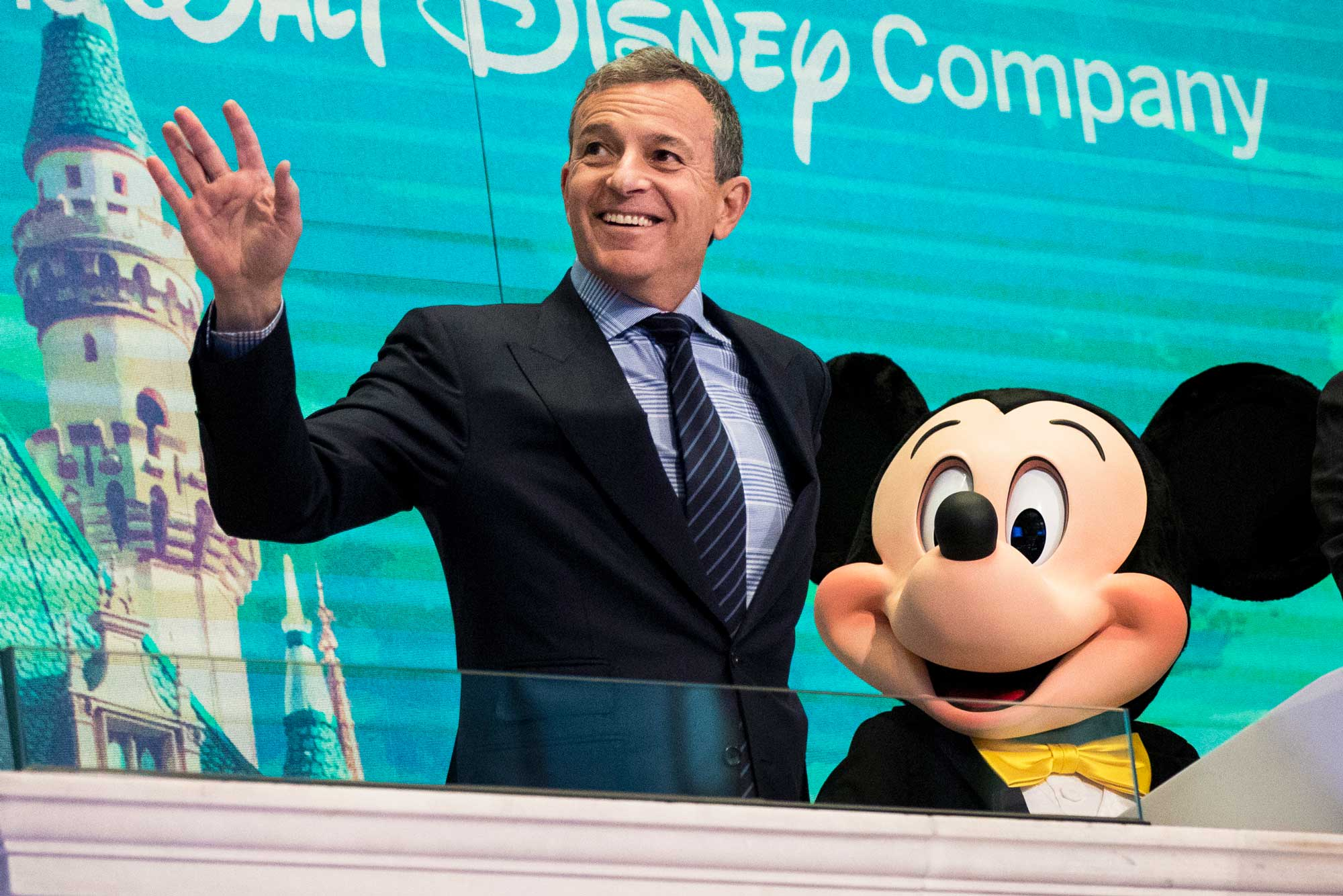 Disney pops 4% as streaming hopes trump earnings decline: Market 'sensing big things are brewing'