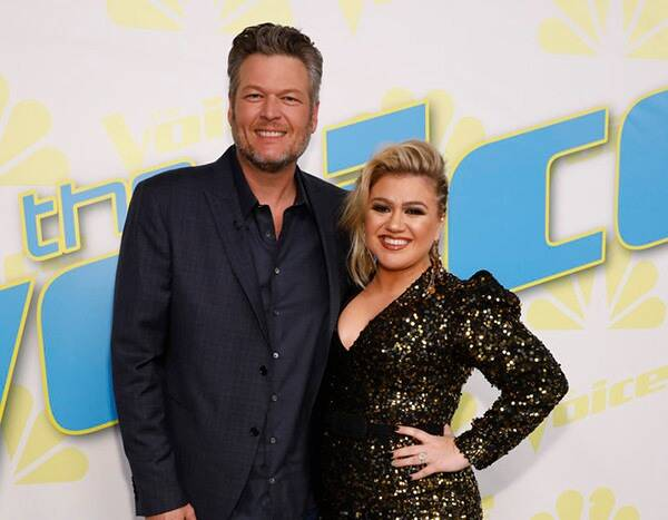 Kelly Clarkson Can't Believe Her The Voice Costar Blake Shelton Hasn't Won a Grammy Yet