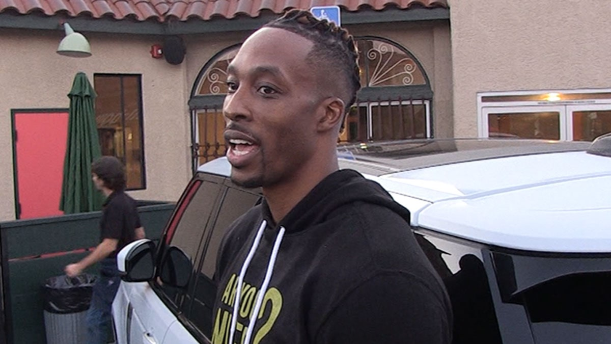 Dwight Howard's 'Thought About Dunk Contest,' But Focus Is On Lakers