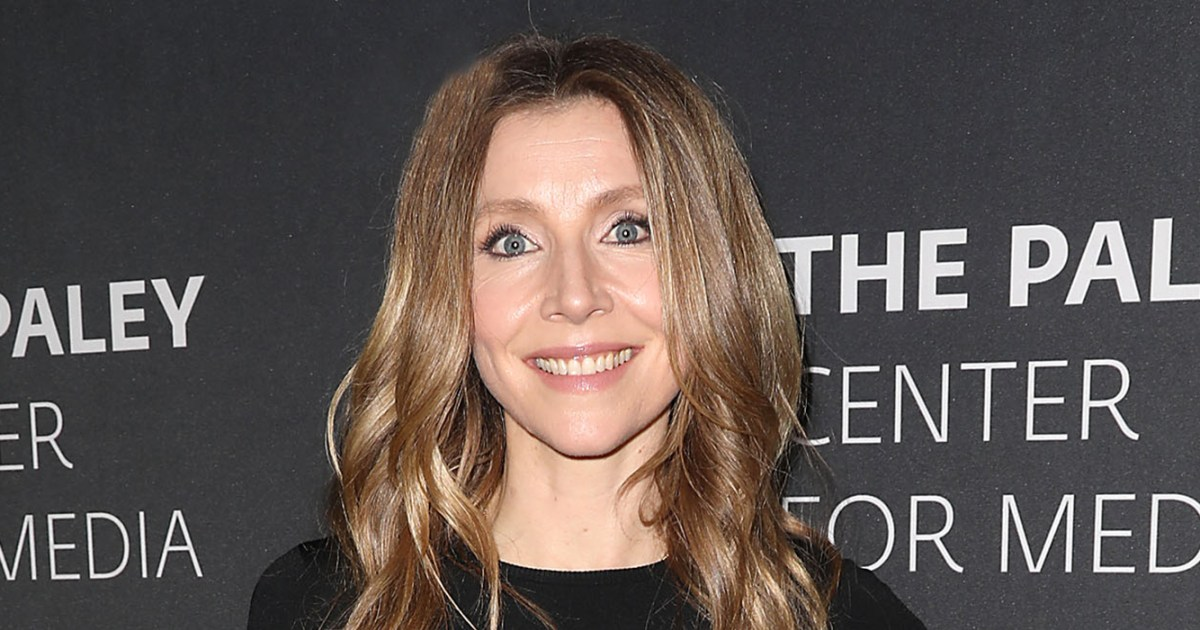 Sarah Chalke: 25 Things You Don't Know About Me!