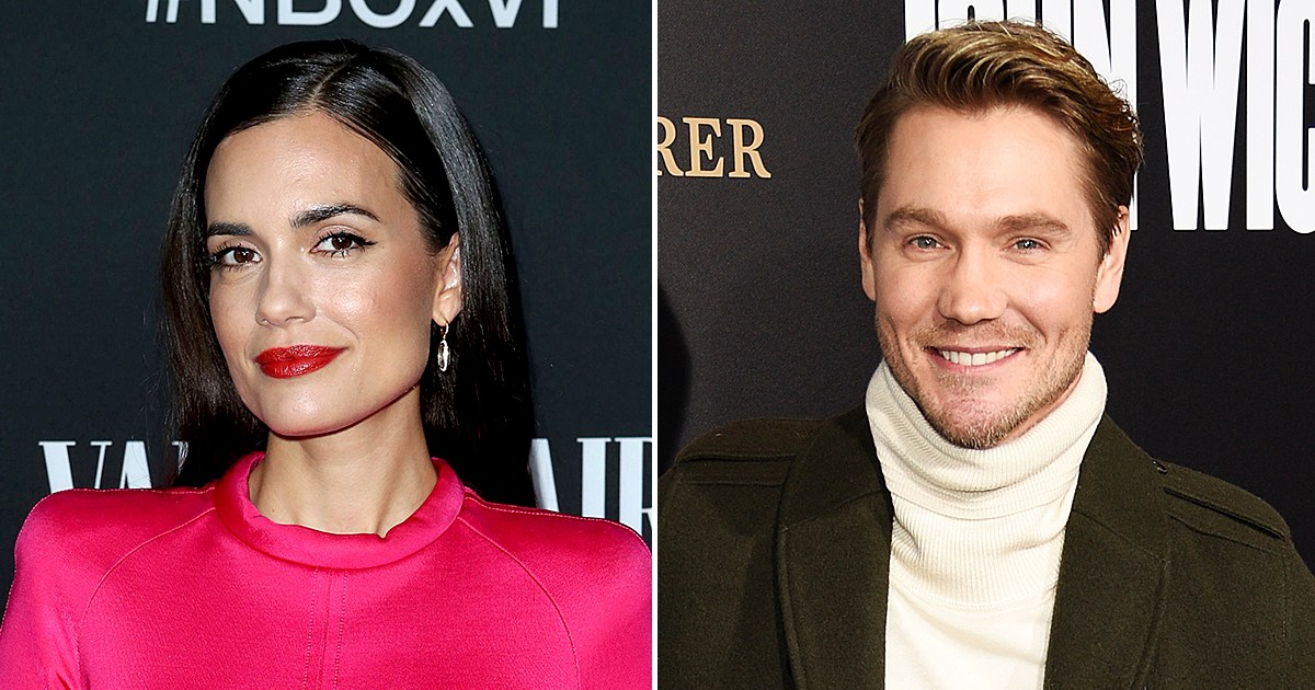 Torrey DeVitto Gets 'Good Dating Advice' From Costar Chad Michael Murray