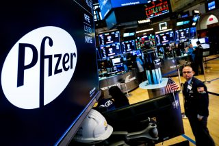 FDA approves expanded label for Pfizer, Astellas' prostate cancer therapy Xtandi