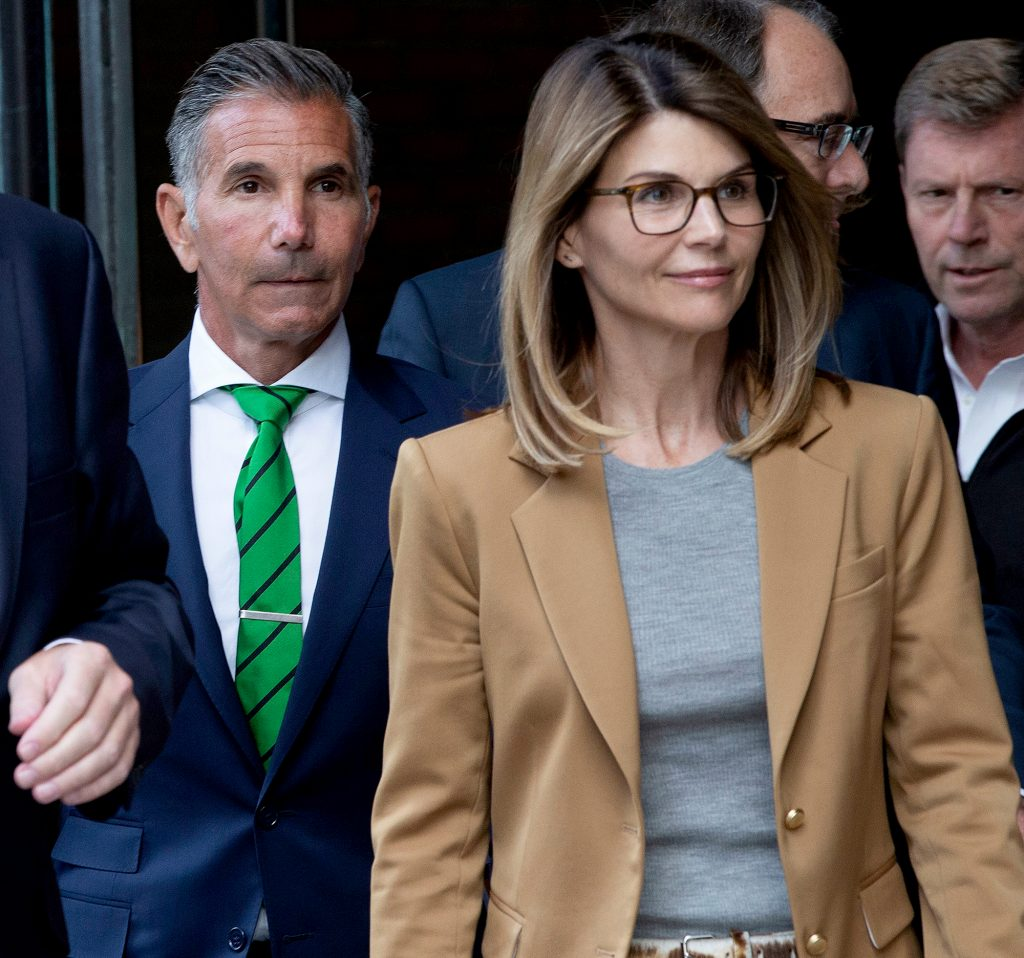 Lori-Loughlin's-Husband-Isn't-Happy-She-Hired-a-Prison-Consultant