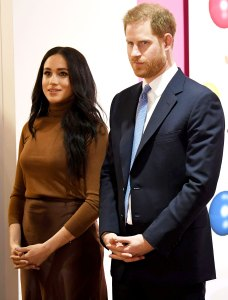 Buckingham Palace Early Stage Discussions With Prince Harry Duchess Meghan