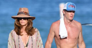 Cindy Crawford and Rande Gerber's Beach Vacation in Miami: Pics