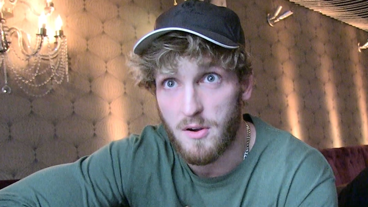 Logan Paul In Talks With Antonio Brown For Boxing Match, 'Very Serious Bro'