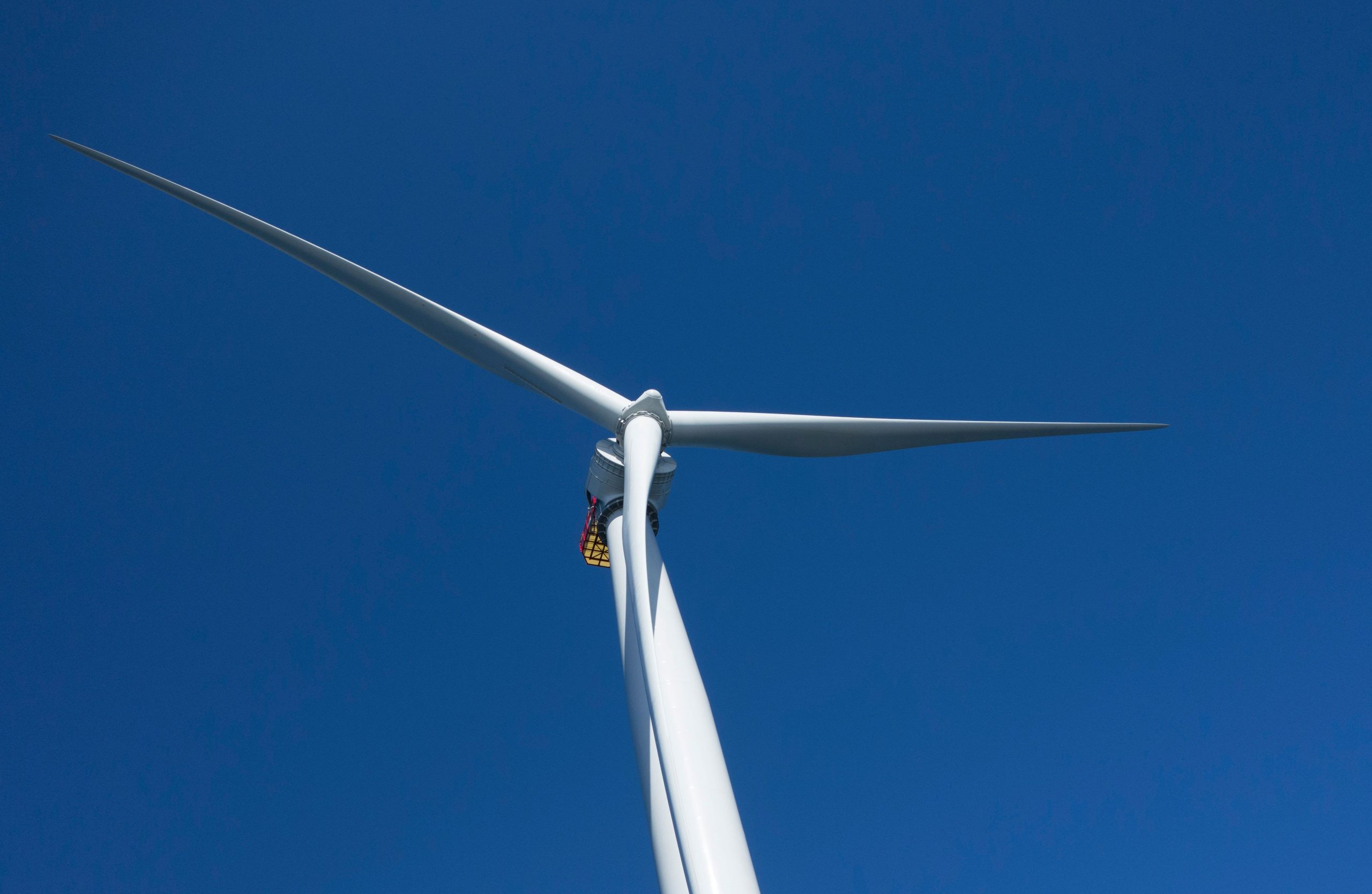 Huge offshore wind project near Virginia selects turbine supplier