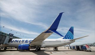 United Airlines offers pilots a month off as coronavirus prompts flight cuts
