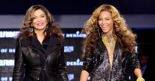 Beyonce's Mom Tina Knowles Claps Back at Troll Dissing Her 'Corny' Joke
