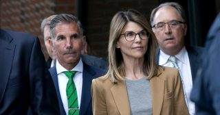 Lori Loughlin, Mossimo Giannulli Urge Judge to Drop Charges in College Case