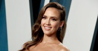 Jessica Alba Encouraged Her Instagram Followers to Sign Up for FitOnk