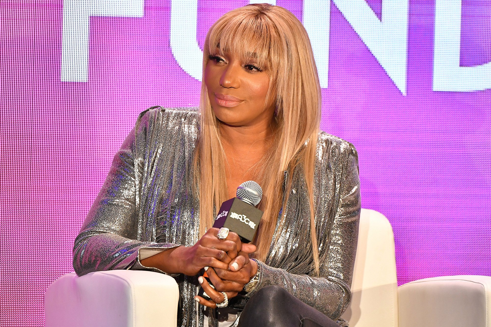 NeNe Leakes Is Serving Looks And Issues A New Reminder For Fans – Some People Say She's Twinning With Tamar Braxton