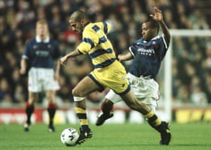 Juan Sebastián Verón holds off the challenge of Rangers' Rod Wallace during Parma's triumphant 1998-99 Uefa Cup campaign.